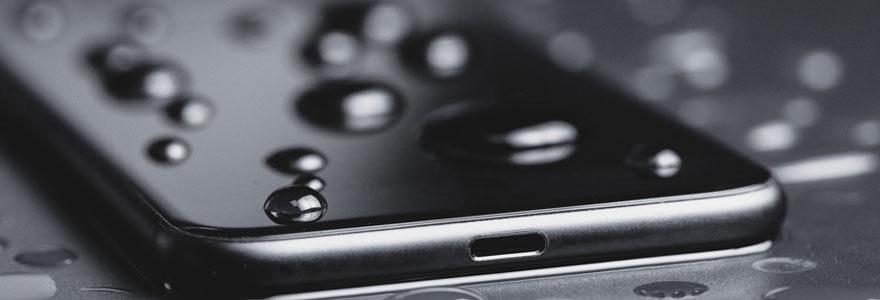 Smartphone étanche et anti-choc